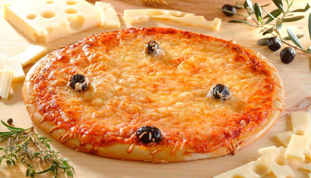 Pizza au fromage La Borie Bio horizontale