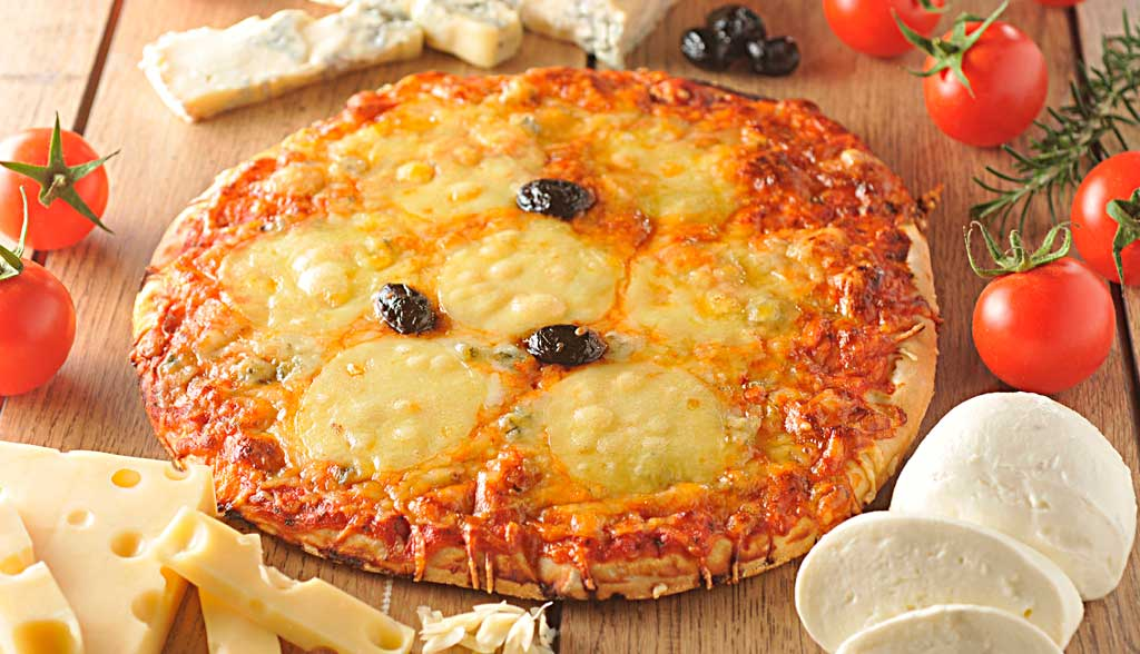 Pizza aux 3 fromages La Borie Bio horizontale